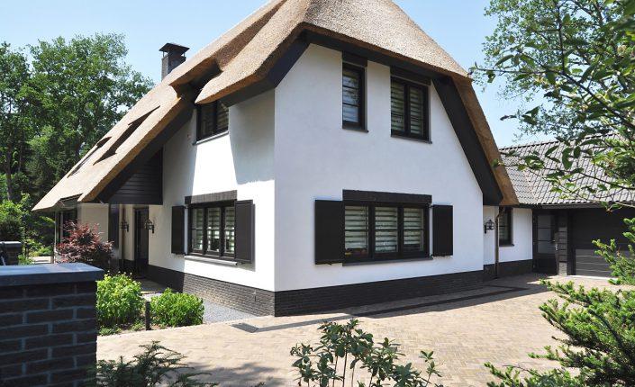 Leeflang architectuur |leeflang architect vorden |particulier Rietgedekte villa huizen 4