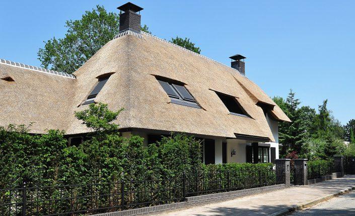 Leeflang architectuur |leeflang architect vorden |particulier Rietgedekte villa huizen 2